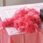 2006-11-august-realms-night-039-a-loneley-feather-boa