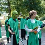 2007-oog-at-the-camp-029-goblins-prepare-for-departure